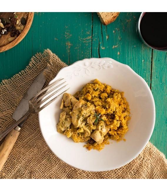 Tajín de pollo con cuscúsDisfruta de una salecta mezcla de sabores con este plato tradicional del norte de Afríca.